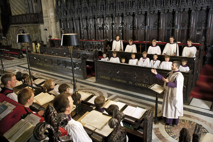 The quire is used daily. Girl choristers were admitted for the first time in 2009.