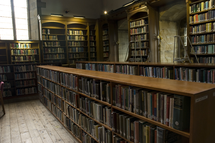 Today, part of the Cathedral Library, the Dormitory houses a reading room, and open stack shelves, where the Cathedral's less valuable collections are kept.