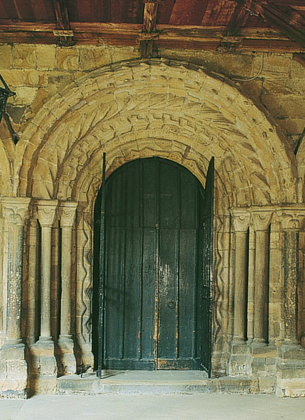 This doorway was constructed in the late 12th century by Hugh Le Puiset, who added a similar one in Durham Castle. The resemblance of the stone carving to a doorway at Santiago de Compostela in Spain (previous image) is striking.