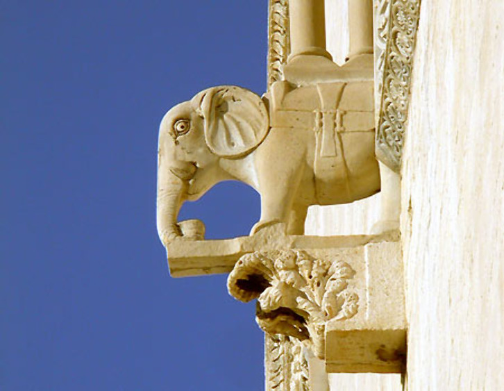 Detail of a corbel at Trani Cathedral, 1099 onwards. Novelty was something that craftsmen and patrons prized, and even though the buildings of a period or style tend to have things in common, they also have what makes them unique. The elephant carved on this corbel, must have been even more eye-catching in the 12th century when it was made than it is today.